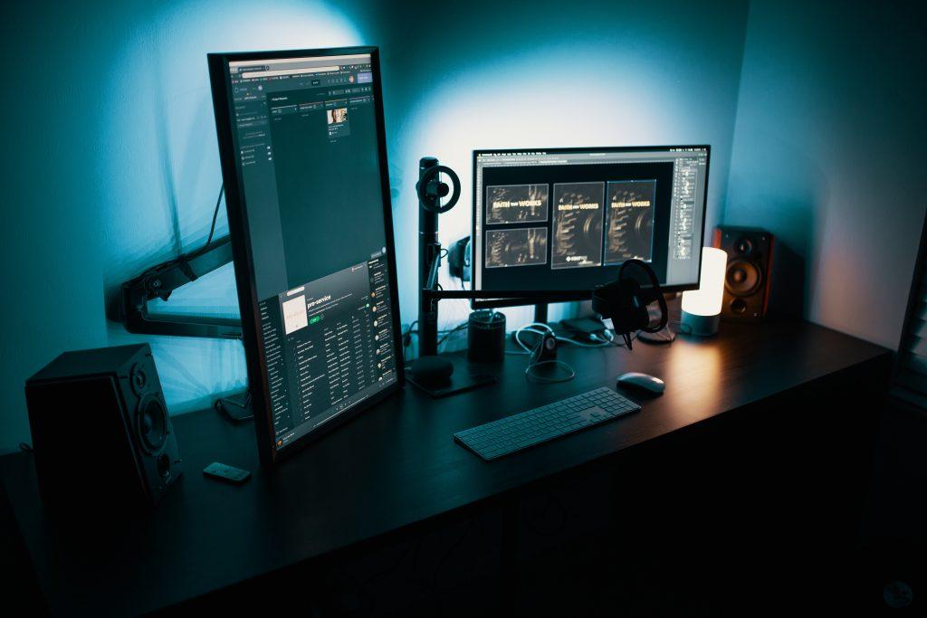 számítógép este